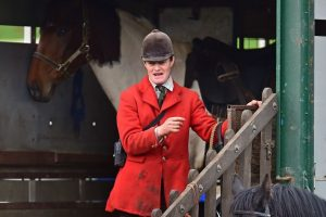 Scottish Tory MSP urged to distance herself from fox hunt
