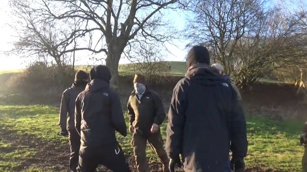 Ledbury Hunt terrierman confronts hunt sabs before attacking.